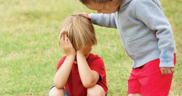 çocuklarda değersizlik, çocuklarda değer zedelenmesi, çocuk kendini nasıl değerli hisseder